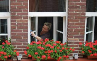 Curatenia profesionala versus curatenia casnica